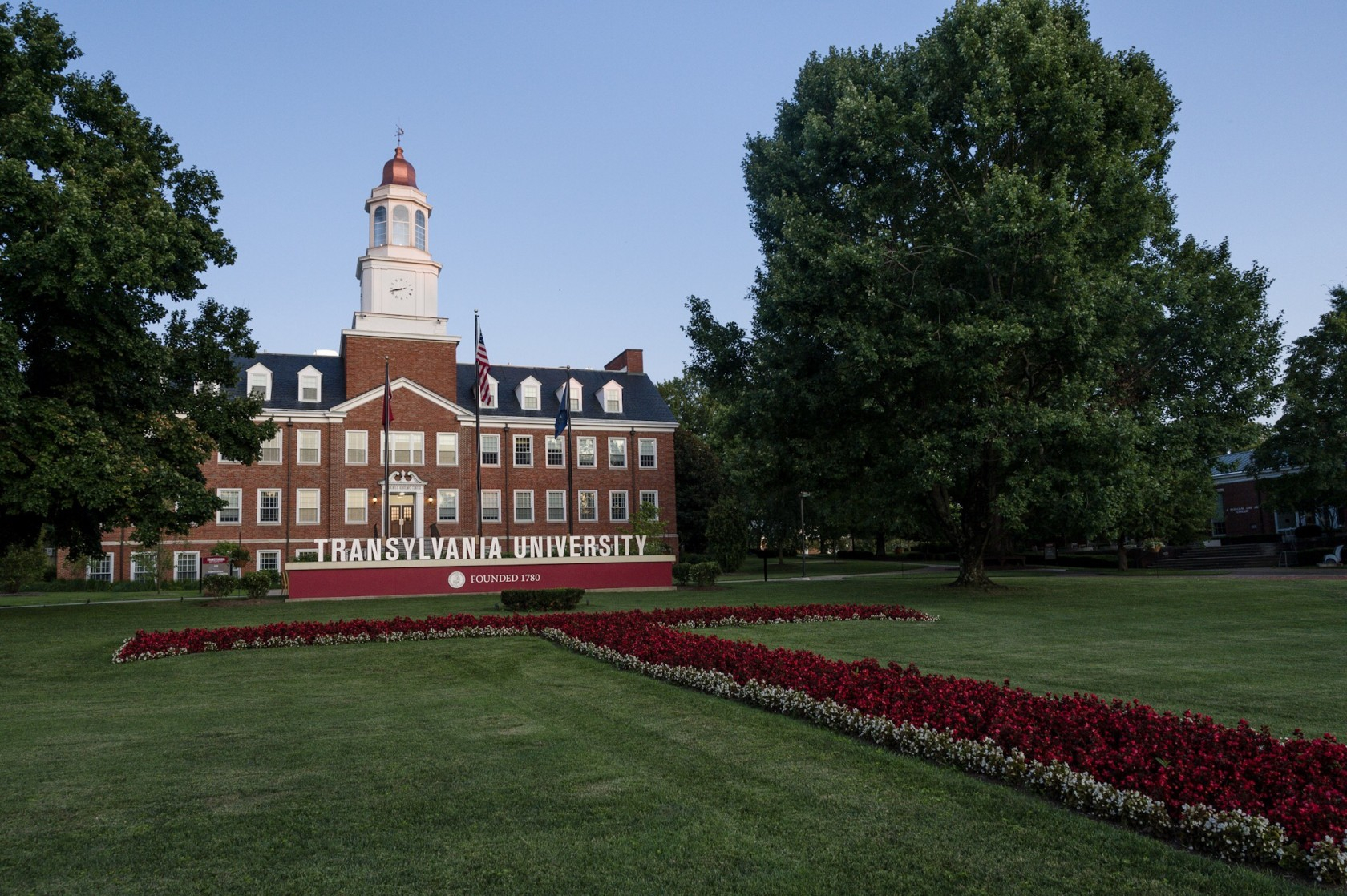 Update on advising and registration for Transylvania's Fall ...